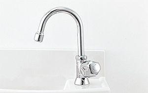 ハンドル式手動水栓